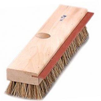 Brosse à plancher avec racloir