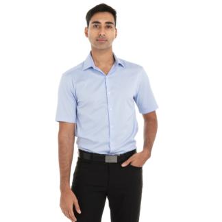 Chemise bleu pastel pour homme à manches courtes